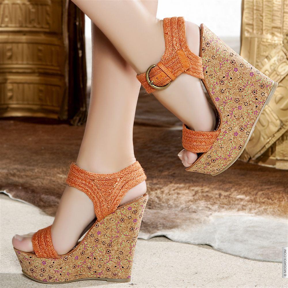 Düz, Sivri Burun Ayakkabı Modası