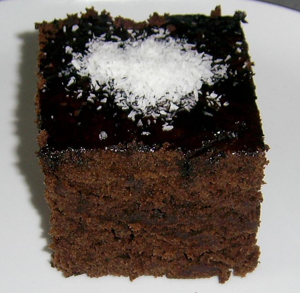 Çikolatalı Fındıklı Islak Kek | Elzade